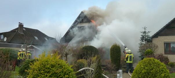 10.01.2012 – Erst brannte nur der Weihnachstbaum, dann das Wohnhaus