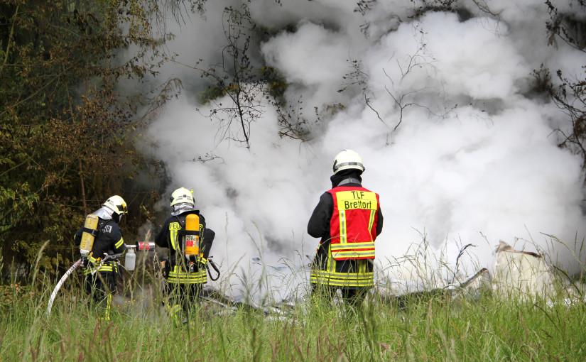 31.05.2015 – Wohnwagen durch Feuer zerstört