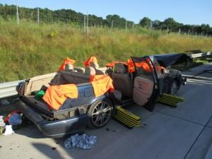 B_Bakum Verkehrsunfall Bild KPW 07-15