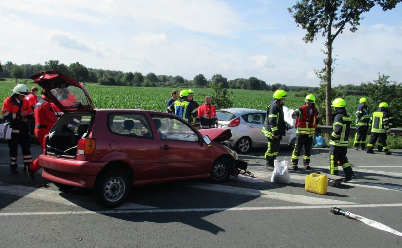 18.07.2015 – Schwerer Verkehrsunfall auf der B 214 mit fünf Verletzten