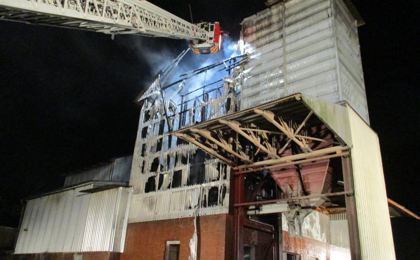 20.08.2015 – Mühle für Futtermittel durch Brand zerstört