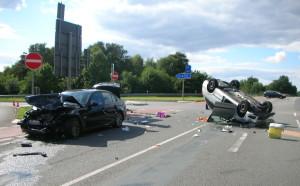 B_Vörden Verkehrsunfall Bild VOE 05-15-1