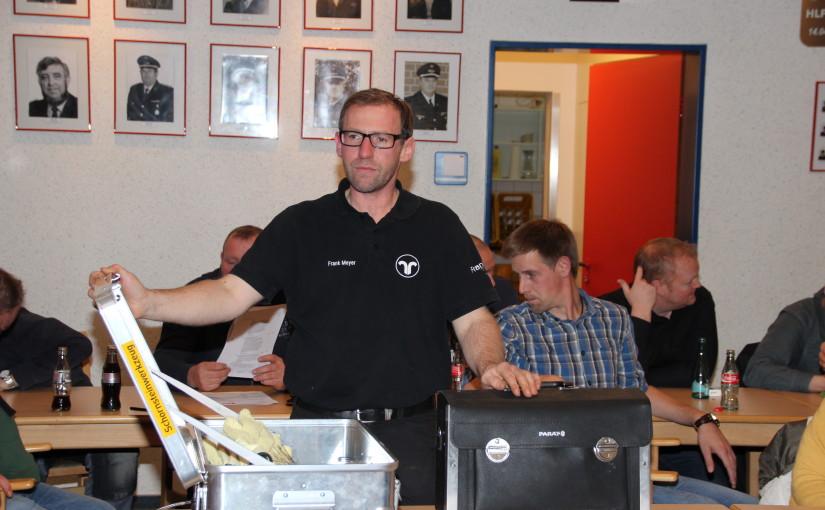 08.12.2015 – Schornsteinfeger referiert über Entstehungsbrände