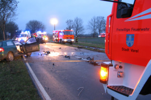 Schwerer Verkehrsunfall auf der B 437 0864