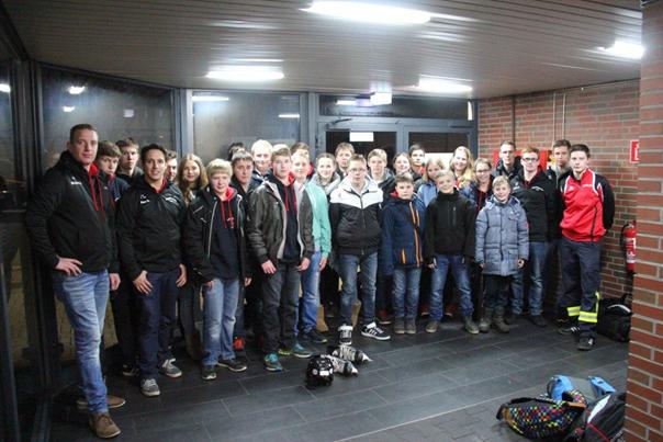 21.03.2016 – Jugendfeuerwehr Jade besucht Eisdisco