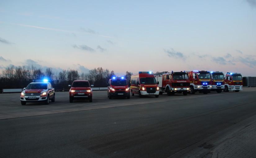 15.03.2016 – Neuer ELW 1 für die Feuerwehr Scharrel übergeben
